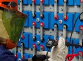 蓄电池测试仪在潍坊某银